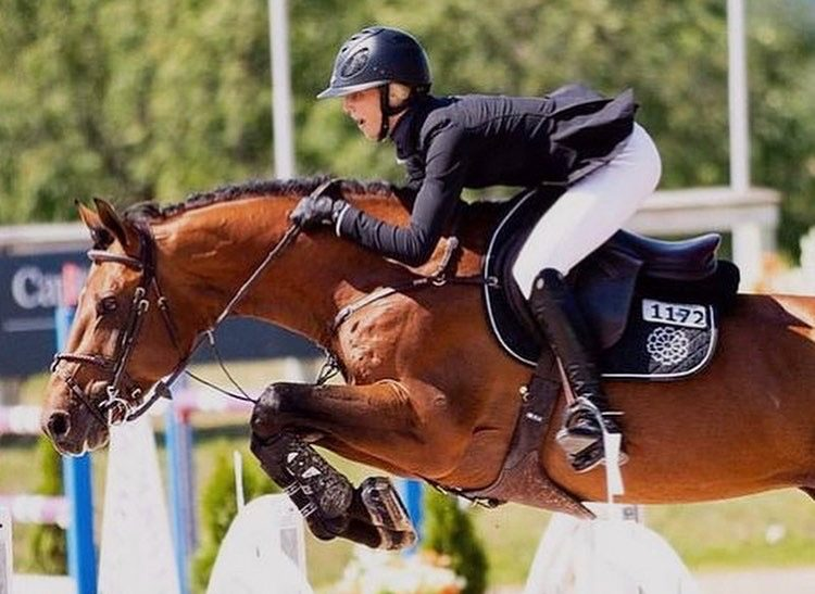Maestro Vica 4th in the 3* 1.40m at Spruce!